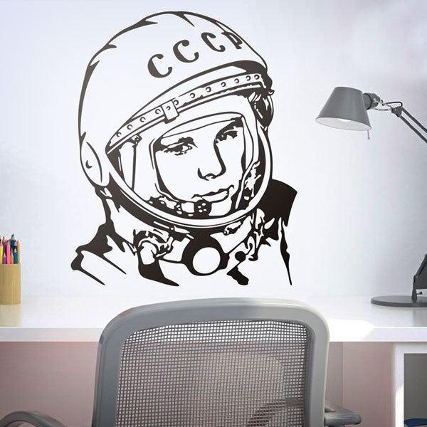 Vinilos Decorativos: Astronauta Yuri Gagarin