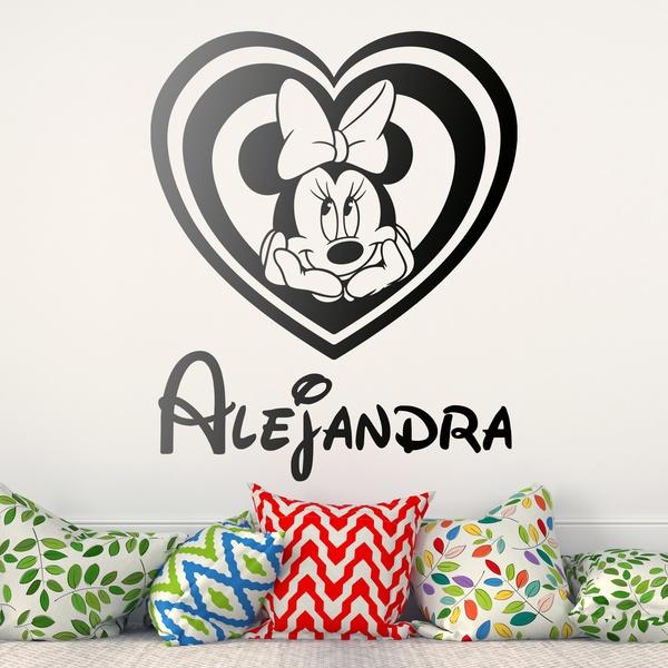 Vinilos Infantiles: Corazón Minnie Mouse con nombre