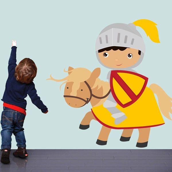 Vinilos Infantiles: Caballero Amarillo