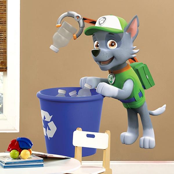 Vinilos Infantiles: Patrulla Canina - Rocky reciclando