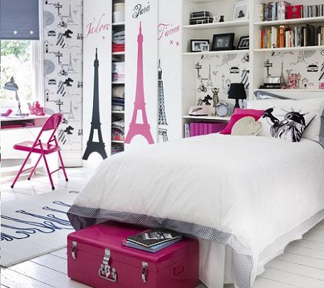 Habitación juvenil decorada con vinilos de la Torre Eiffel