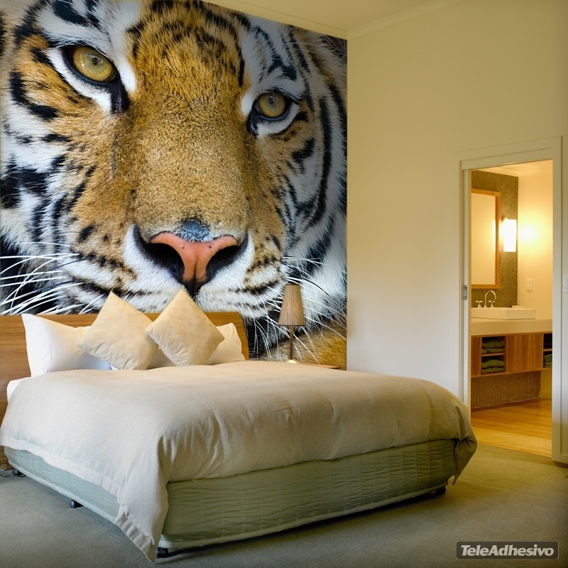 Un fotomural de la cara de un tigre puede formar parte de tus ideas de decoración