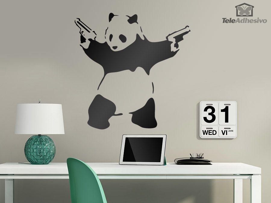 Vinilo adhesivo con la imagen del Panda Armado del artista urbano Banksy
