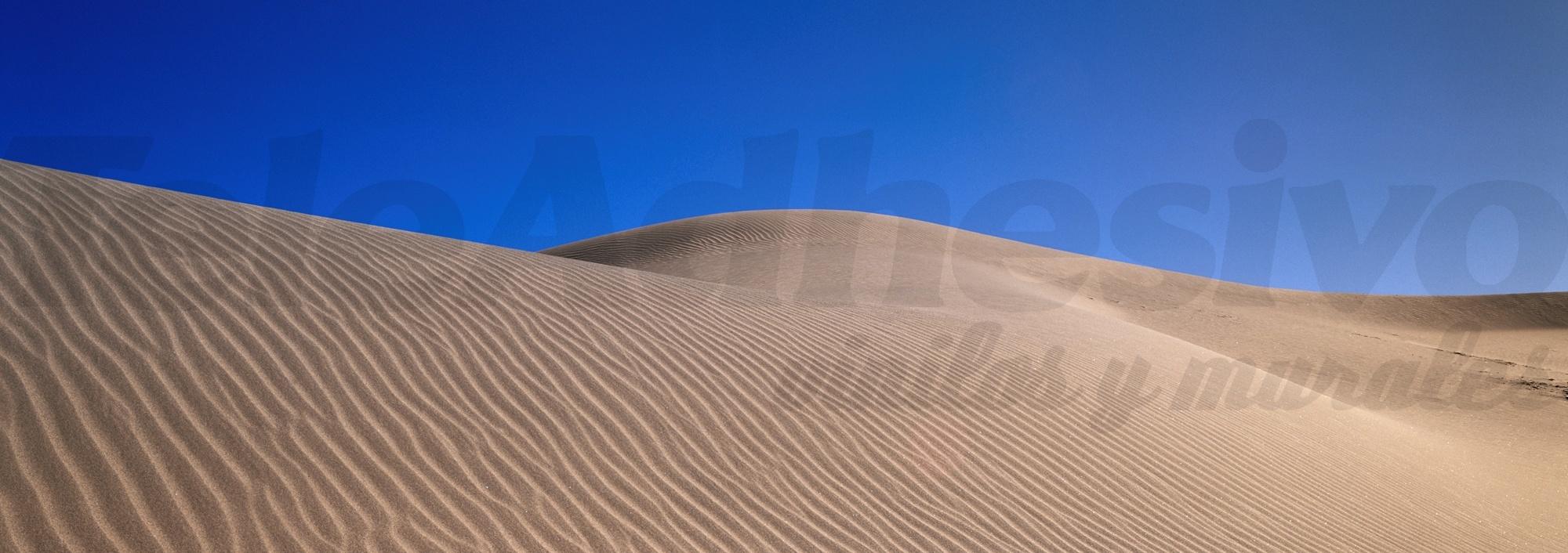 Vinilo adhesivo con la imagen de un desierto. Fotomural.