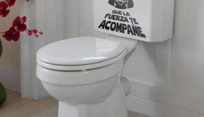 Vinilo adhesivo con el lema de la Guerra de las Galaxias ideal para la decoración de habitaciones juveniles y cuartos de baño