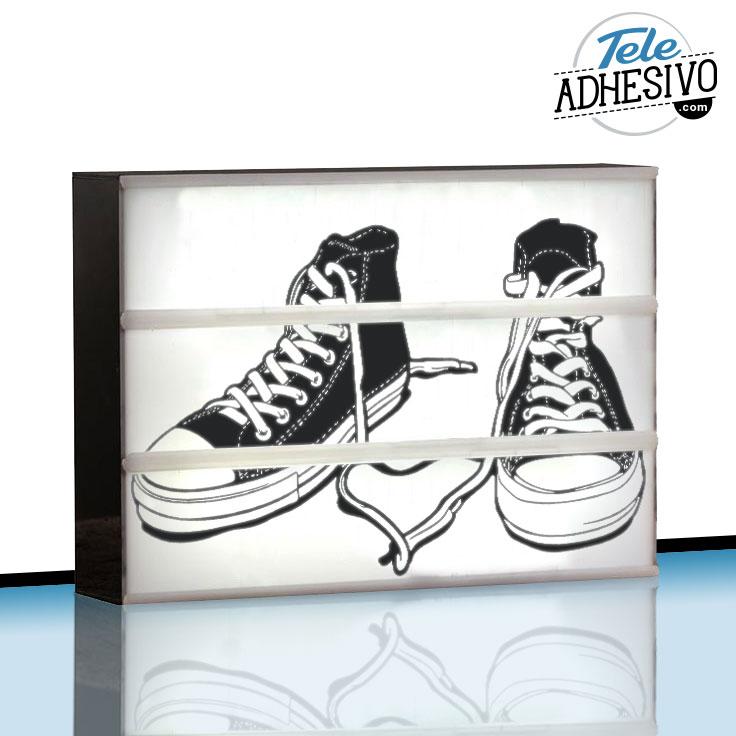 Ligthbox personalizada con zapatillas Converse