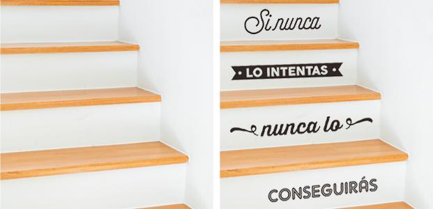 Vinilo tipográfico para decorar las escaleras de tu casa.