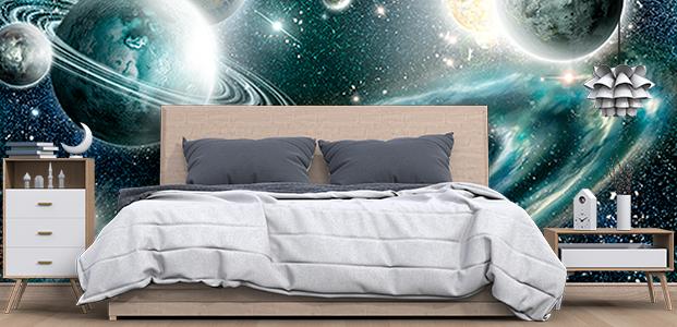 Habitación decorada con un fotomural de la galaxia
