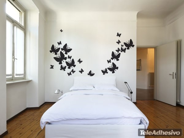 Kit de 24 vinilos de mariposas de diferentes tama os for Vinilos de pared juveniles