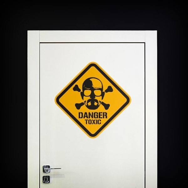 Vinilos Decorativos: Heisenberg Danger Toxic Color 1