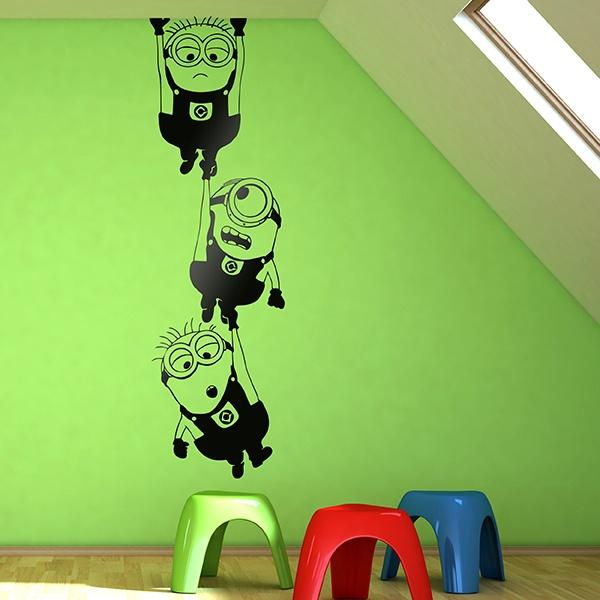 Vinilo decorativo infantil minions colgando for Vinilo techo habitacion