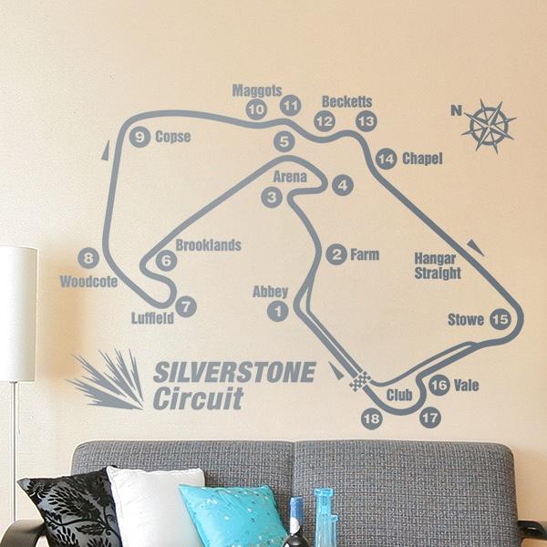 Circuito Silverstone : Honda civic type r registra il record sul giro sul circuito di