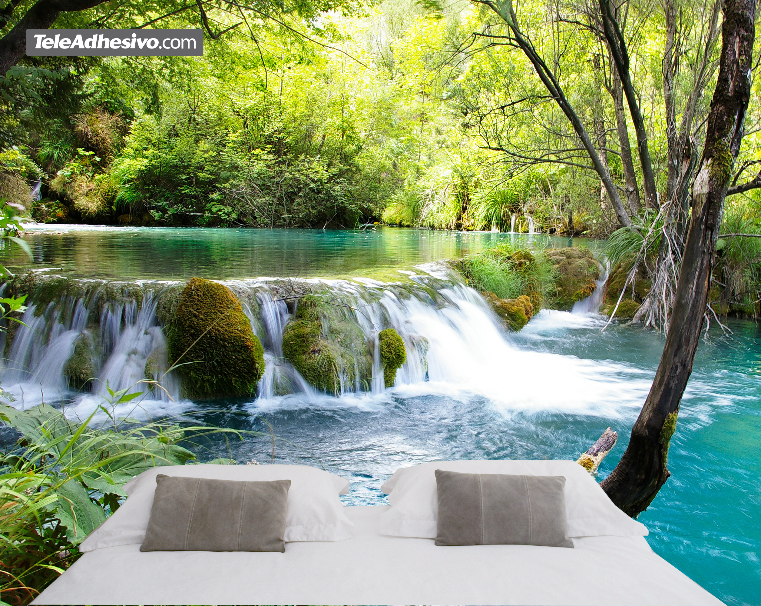 Rio con salto de agua for Fotomurales pared paisajes